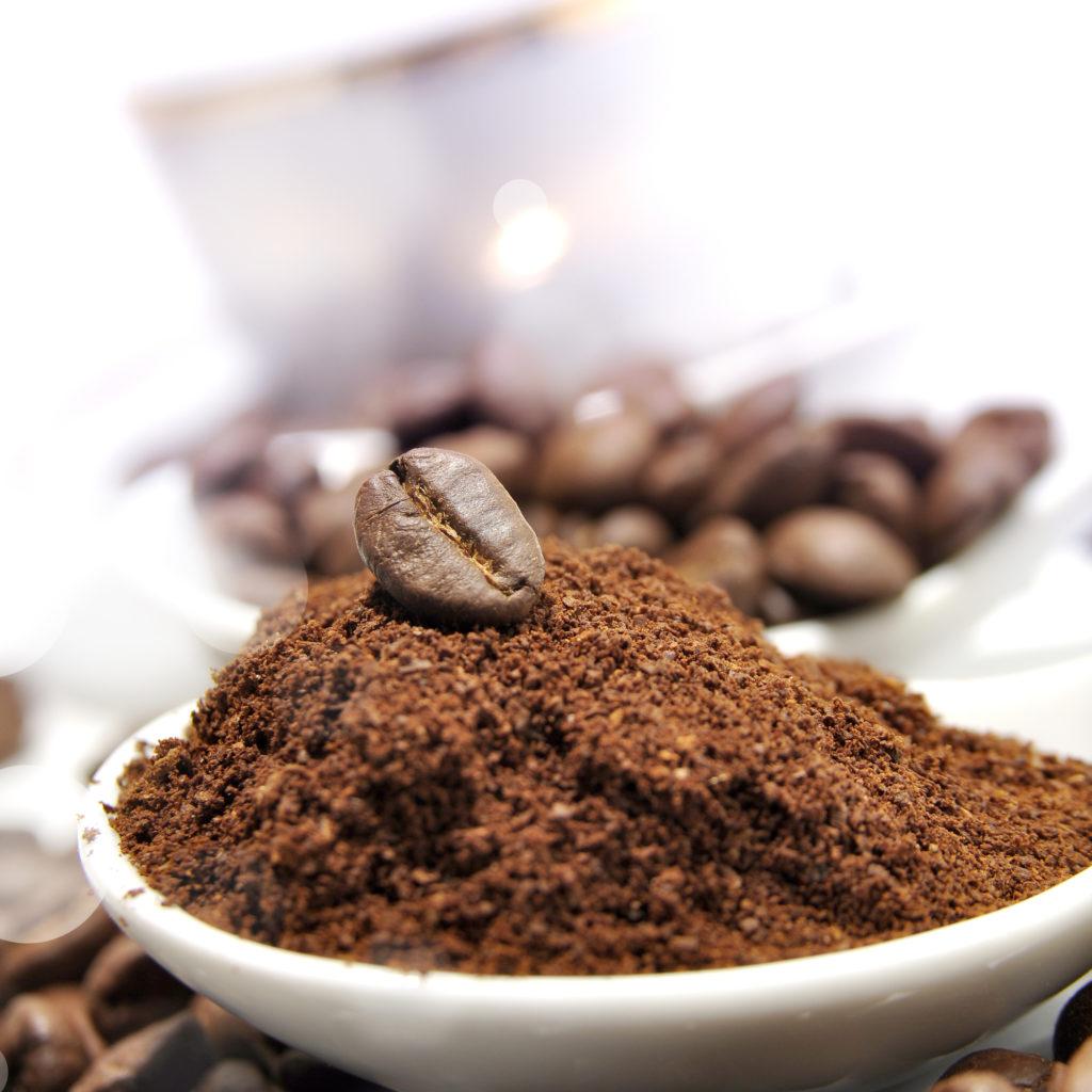 ground coffee vs whole coffee beans