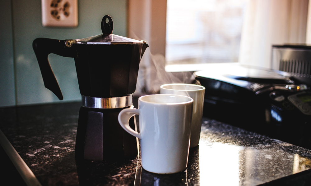 How to Clean Stainless Steel Coffee Pot with 6 Easy Methods