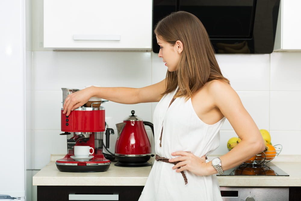 Protect Your Coffee Machine with the Best Non-Oily Coffee Beans