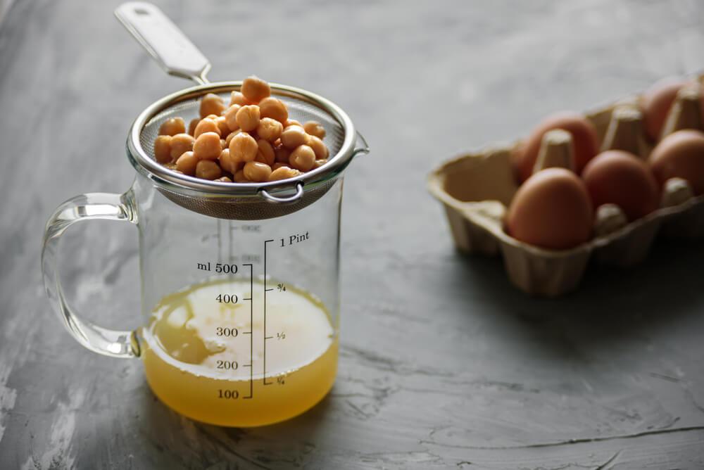 aquaba and a tray of egg